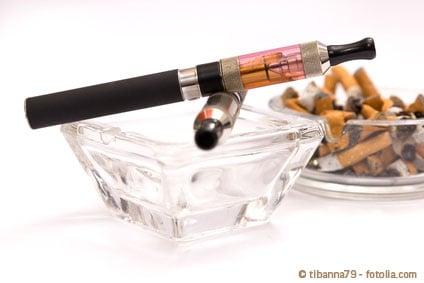Dampfen stat Rauchen - Symbolbild